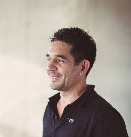 Referenz VTU Portrait: Adrian Halbwirth